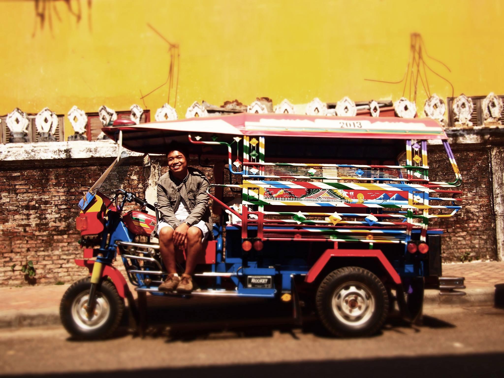 laos-tuktuk-safari-3
