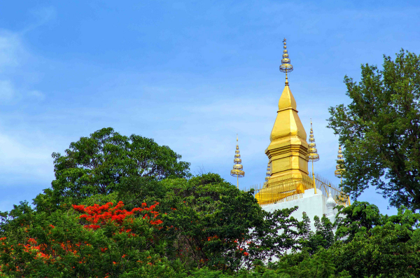 luangprabang-phousi-hill-temple