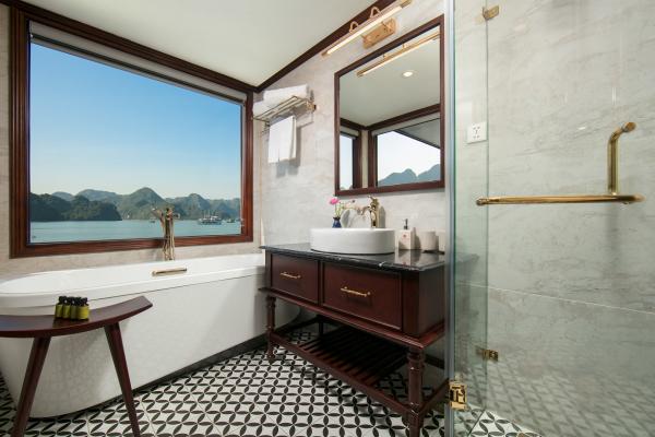 ocean-delta-suite-bathroom