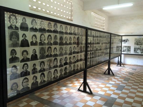 phnompenh-tuolsleng-genocide-museum