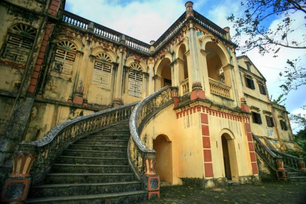 sapa-hoang-a-tuong-palace-2