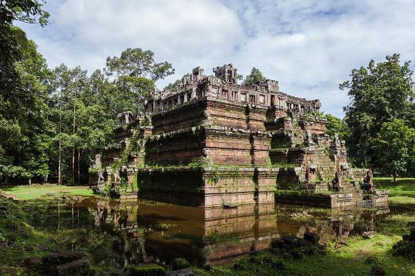 siem-reap-phimeanakas-angkor-thom