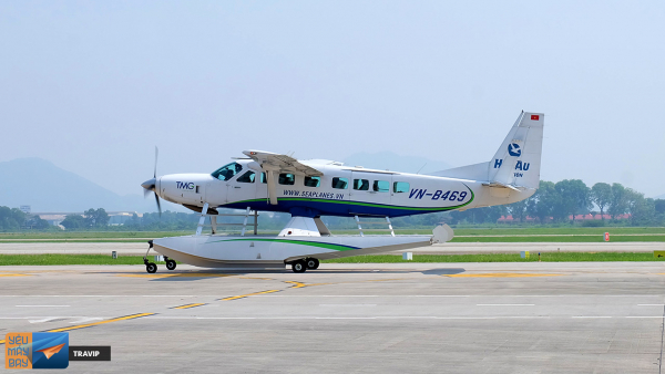 ha-long-seaplane-1