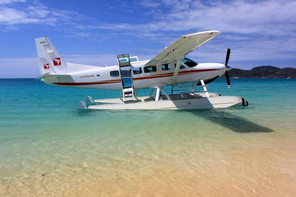 ha-long-seaplane-3