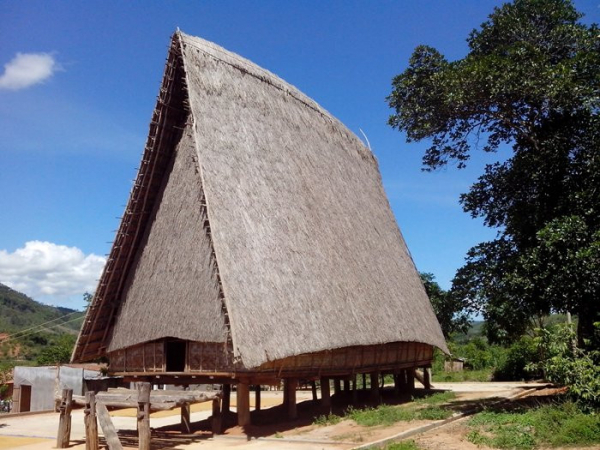 kon-tum-konbil-rong-house-sodra