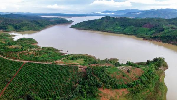 kon-tum-yaly-lake-1