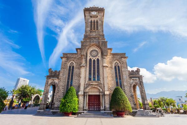 nha-trang-cathedral-2
