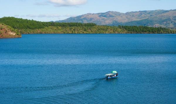 pleiku-tnung-lake-2