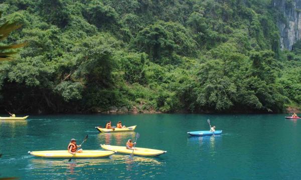 quang-binh-chay-river-kayaking