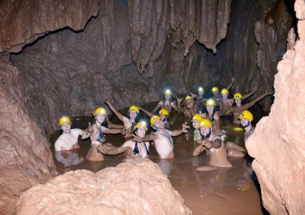 quang-binh-dark-cave-4