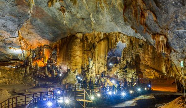 quang-binh-paradise-cave-2