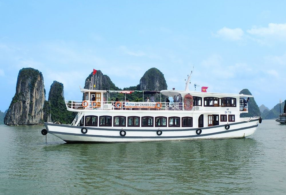 halong-day-cruise-2