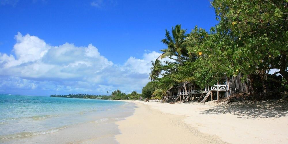 an-bang-beach-hoi-an-viet-nam-1