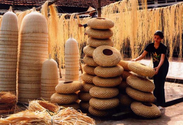 phu-vinh-rattan-and-bamboo-handicraft-village-hanoi