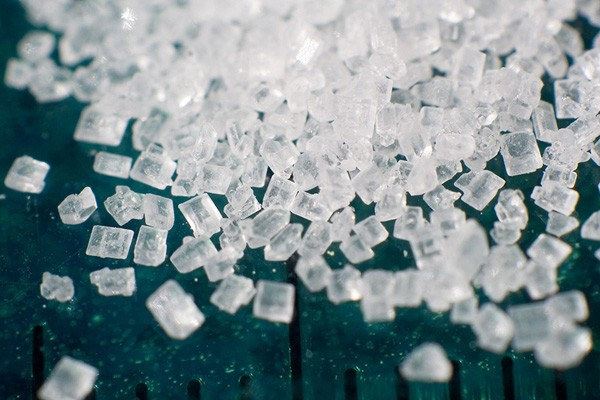 Hình ảnh đường hóa học - chất ngọt gây nguy hiểm cho con người