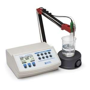 Máy đo pH/ORP/nhiệt độ để bàn HI3220 Hanna