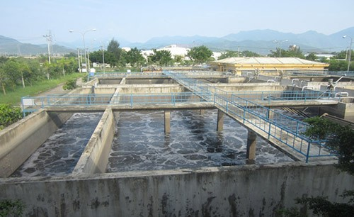 Khối lượng nước đến Trạm XLNT tại KCN Hòa Khánh trung bình đạt 32,5 so với công suất thiết kế là 5.000m3/ngày đêm
