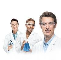 Skim milk powder for microbiology