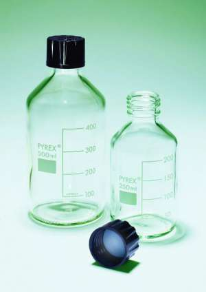 Chai thủy tinh nắp nhựa phenolic cổ 30mm, 500ml PYREX