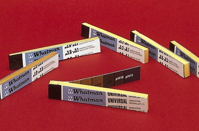 Giấy quỳ xanh 6x5mm Whatman