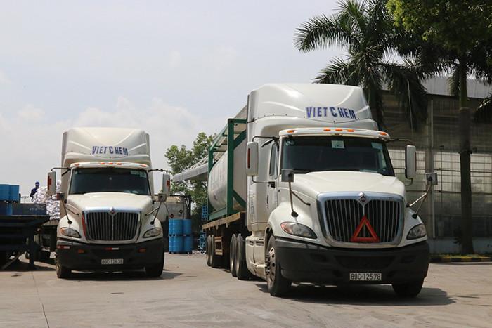 Hệ thống xe tải vận chuyển hóa chất của VietChem