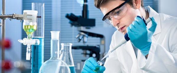 Pha chế hóa chất trong phòng thí nghiệm cần đảm bảo các quy tắc an toàn