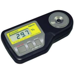 Khúc xạ kế đo độ ngọt hiển thị số PR-32α Atago