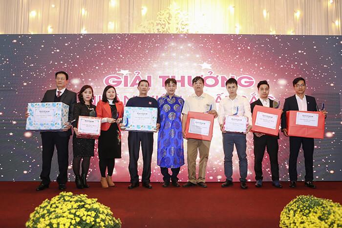 Giải thưởng cá nhân xuất sắc 2018