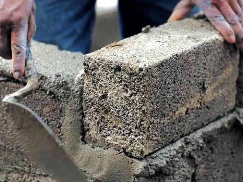 Vôi được sử dụng để trộn vữa trong xây dựng