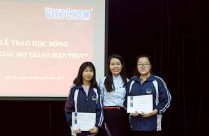 VietChem trao học bổng biến giấc mơ thành hiện thực năm 2019