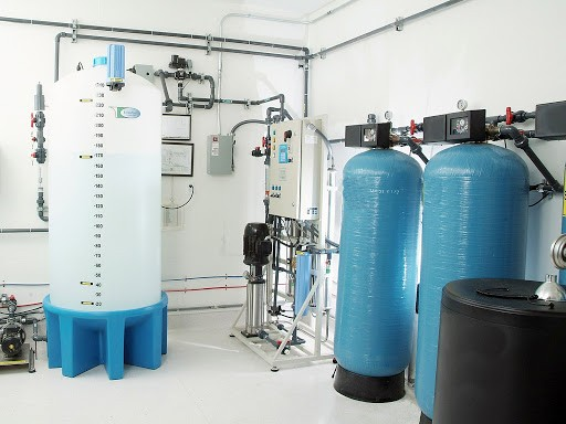 Hydrazine được sử dụng trong cả chu trình hơi nước