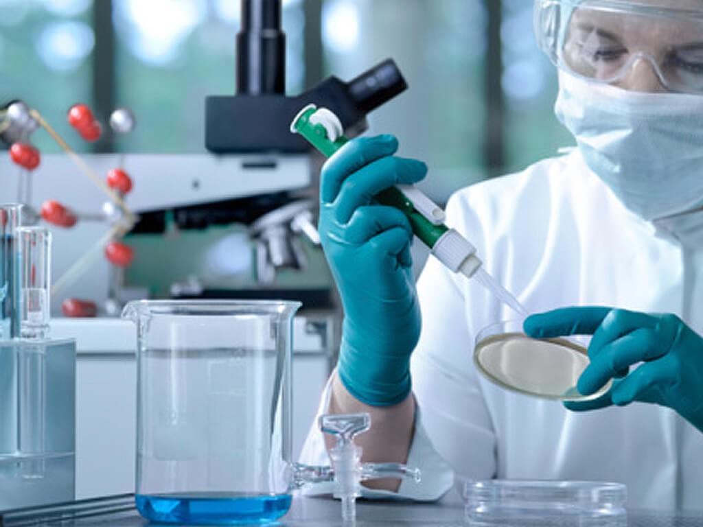 Lưu ý khi sử dụng FeCl2 trong phòng thí nghiệm an toàn