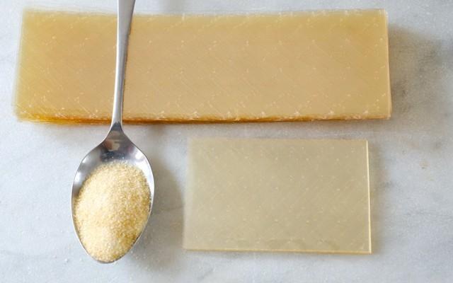 Gelatin dạng bột và dạng lá