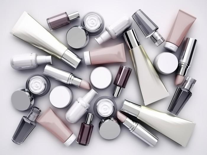 Dung môi giúp tan các thành phần trong nhiều loại mỹ phẩm