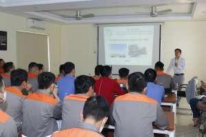VietChem tổ chức tập huấn vận chuyển hàng hóa nguy hiểm tại nhà máy Tân Thành