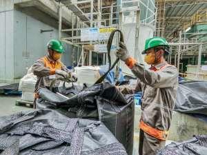 VIETCHEM tổ chức thay than cho hệ thống xử lý nước thải tại nhà máy MEIKO