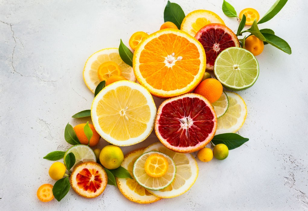 acid citric chủ yếu có trong các loại trái cây họ cam quýt
