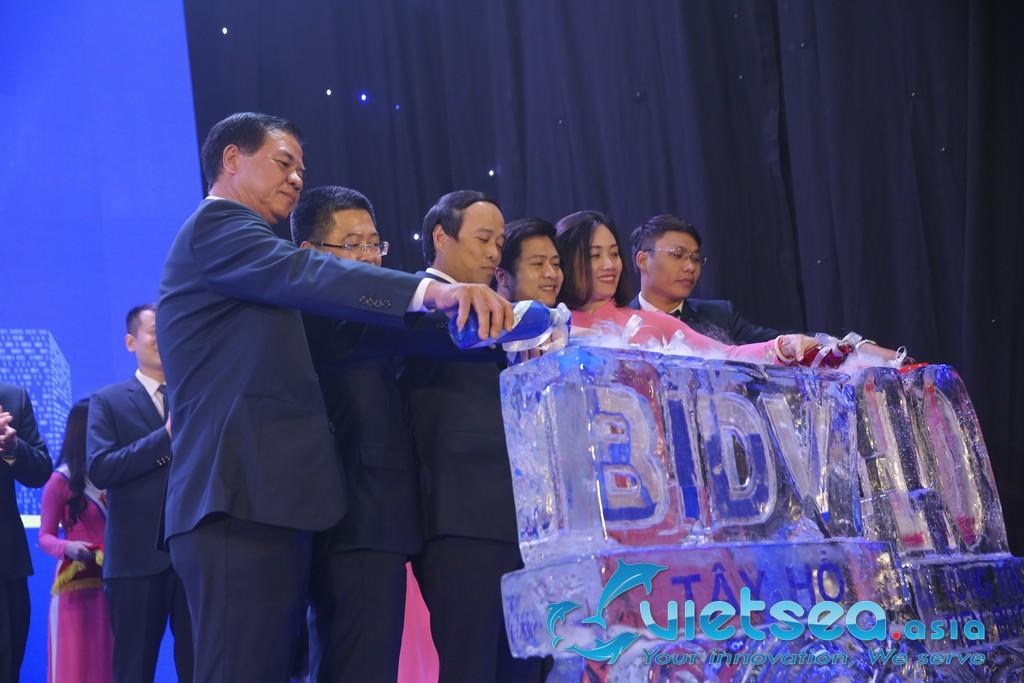 Lễ tri ân khách hàng và kỉ niệm 10 năm thành lập BIDV chi nhánh Tây Hồ
