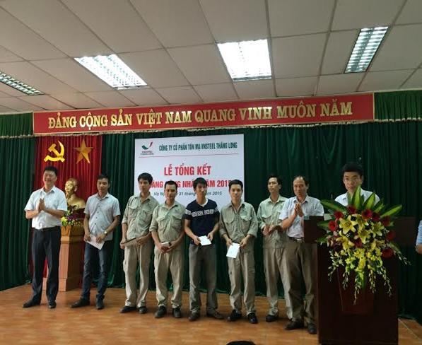 Vnsteel Thăng Long tổ chức tổng kết tháng công nhân năm 2015