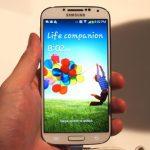 màn hình Galaxy S4 bị vàng