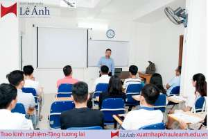 giảng viên xuất nhập khẩu Lê Ánh