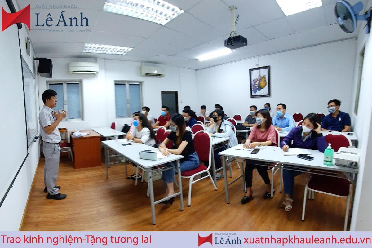 Khóa học xuất nhập khẩu thực tế tại XNK Lê Ánh